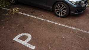 Tips to help you find car parking space without worries